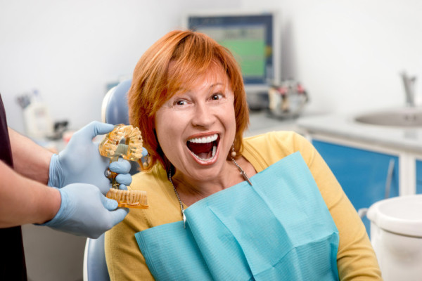 20 Best of the Worst Medical Stock Photos