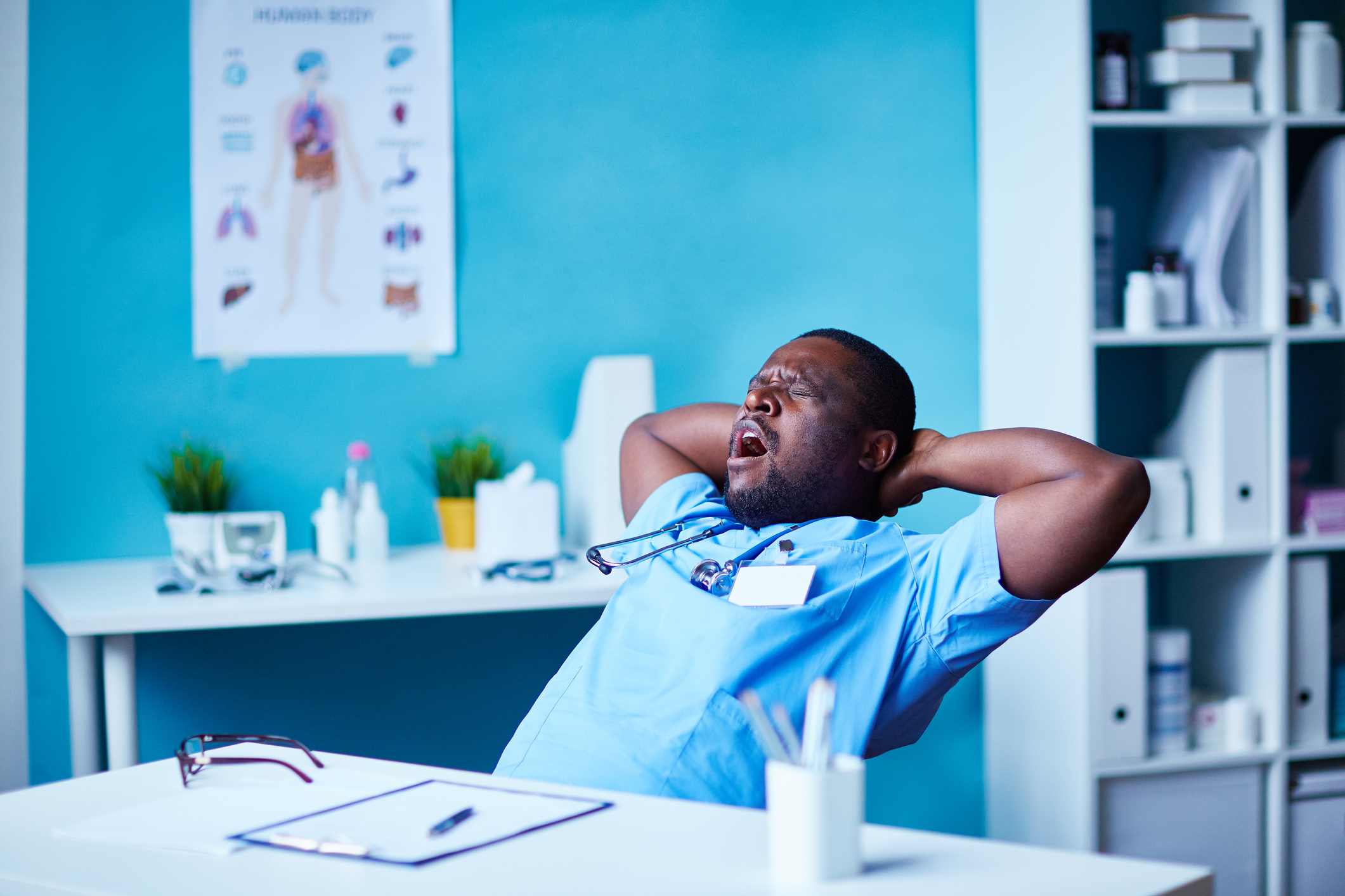 How to Manage Stress When Working the Night Shift