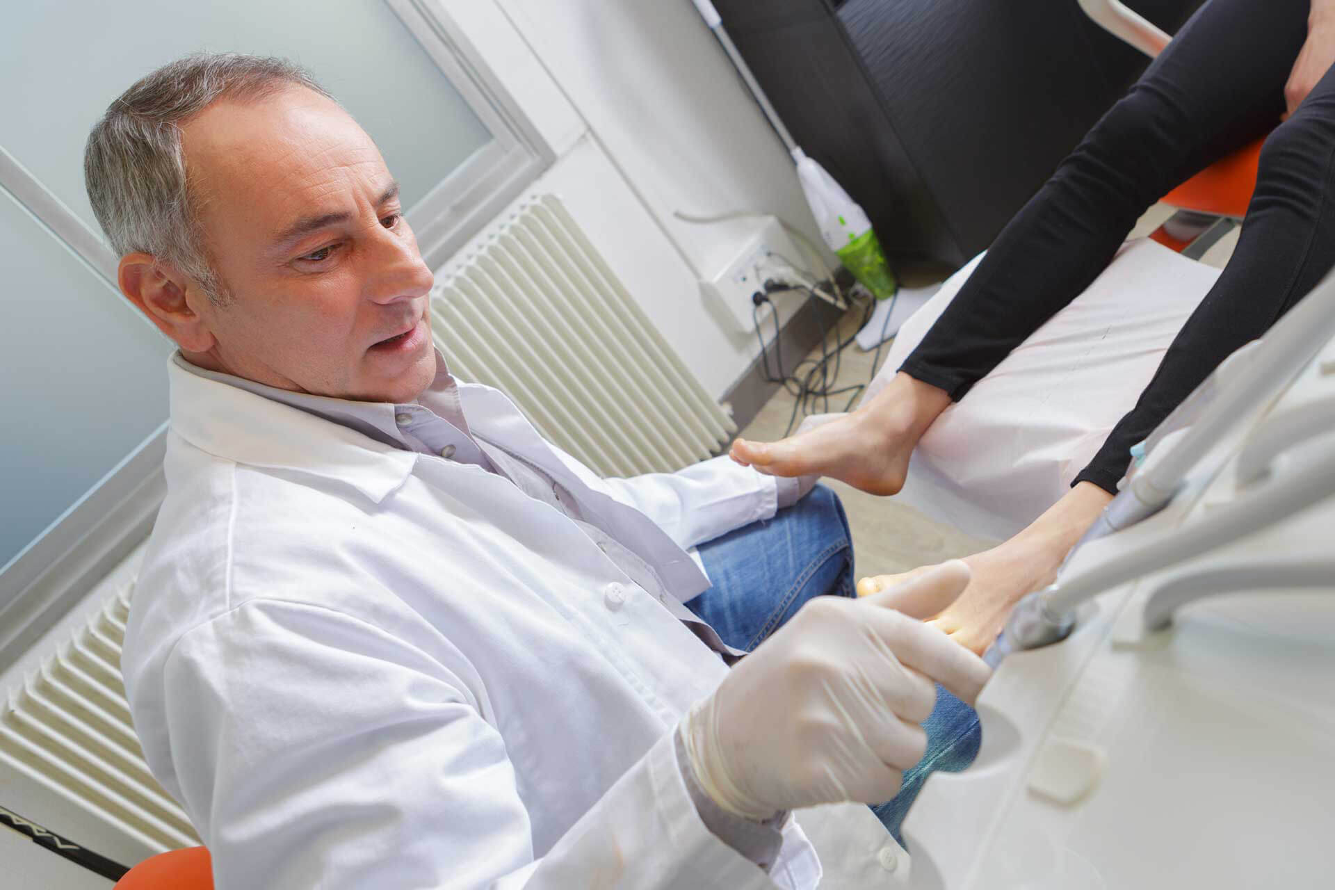 Earning Podiatry CME: Courses vs. Conferences
